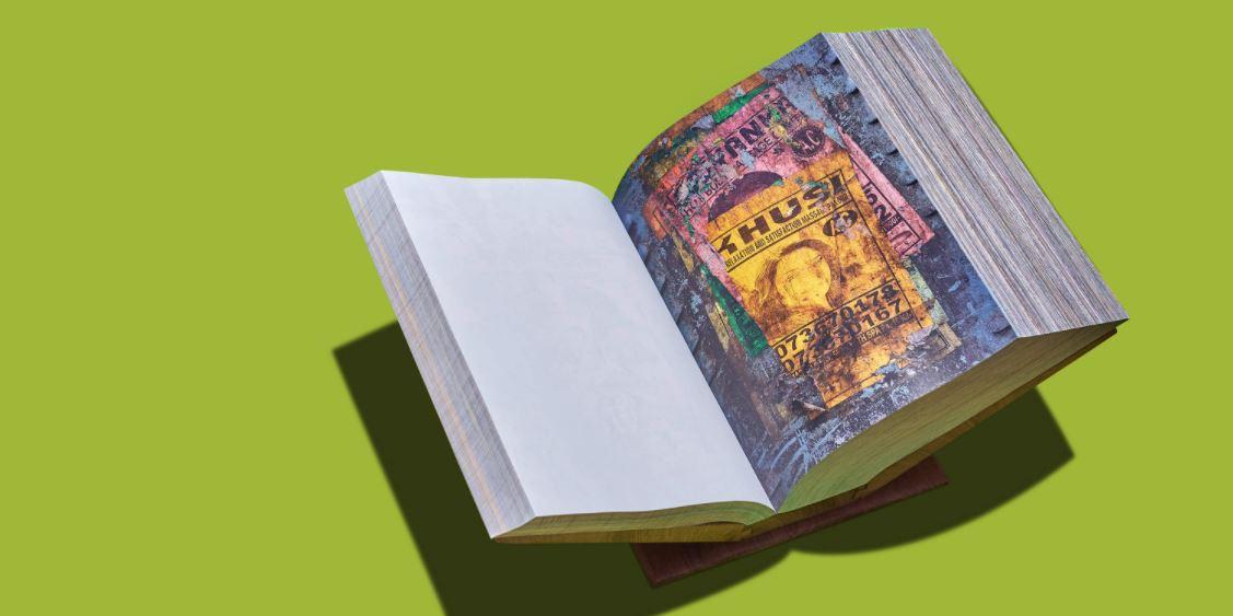The Veil of Maya I, 2018, Custom-made box by Laurel Parker Book, Photo Courtesy: Tiane Doan Champassak